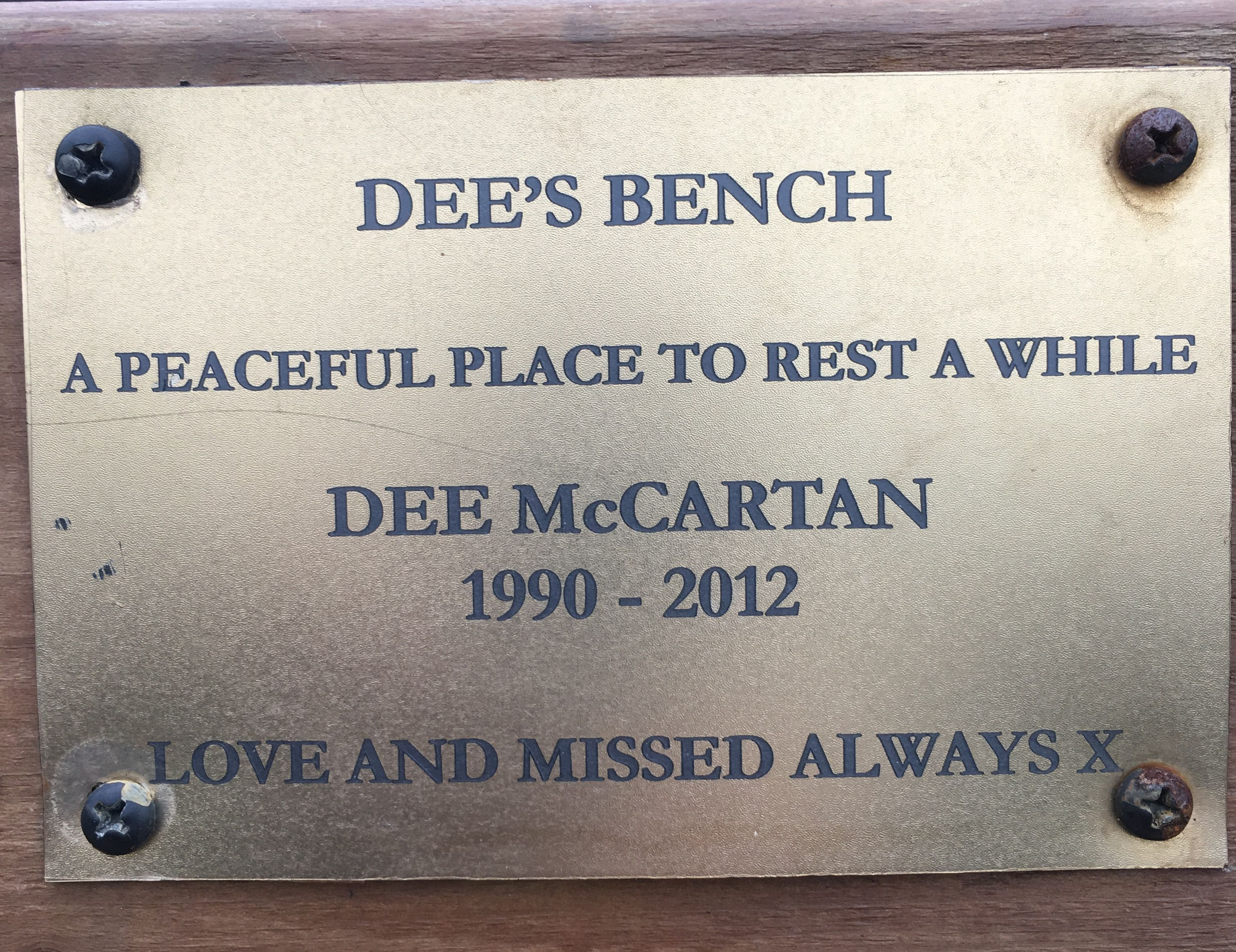 helen's bay memorial benches